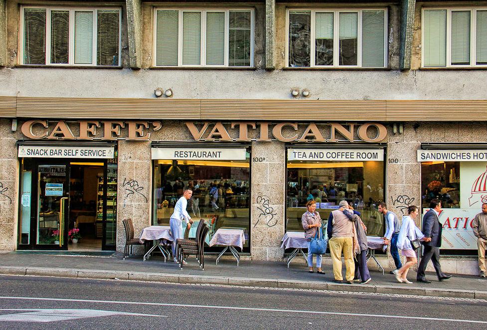 vatican-meeting-point